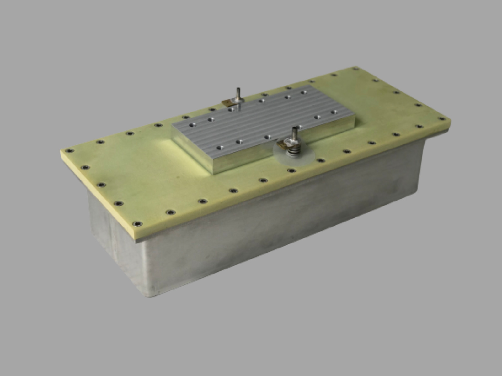 Cryostat - levitation force >250 kg